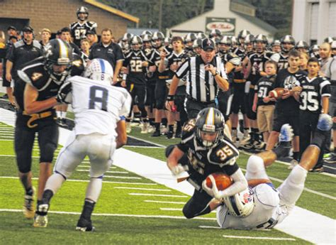 Panthers fall to Zanesville, 27-13 - The Record Herald