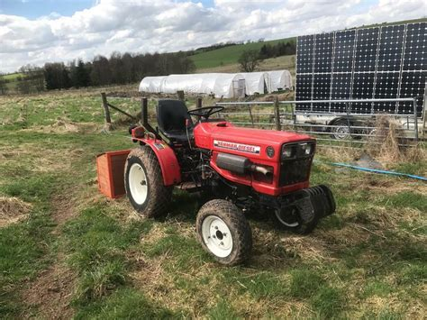 Yanmar 186D Compact Tractor 4WD - low mileage | in
