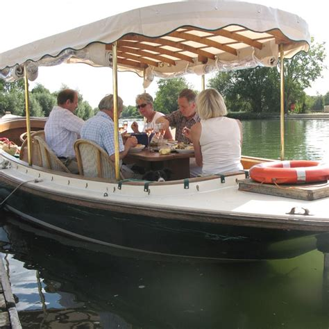 Picnic Boat Cruise For Two Gift Experience