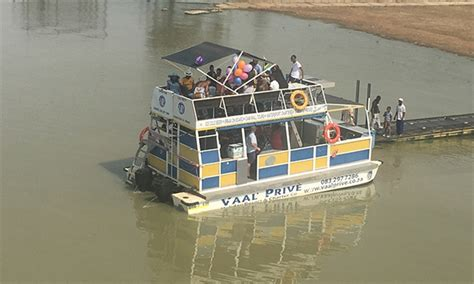 Hyperli   3-Hour Boat Cruise for Two at Vaal Prive Cruise